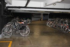 fietsenstalling foto 2